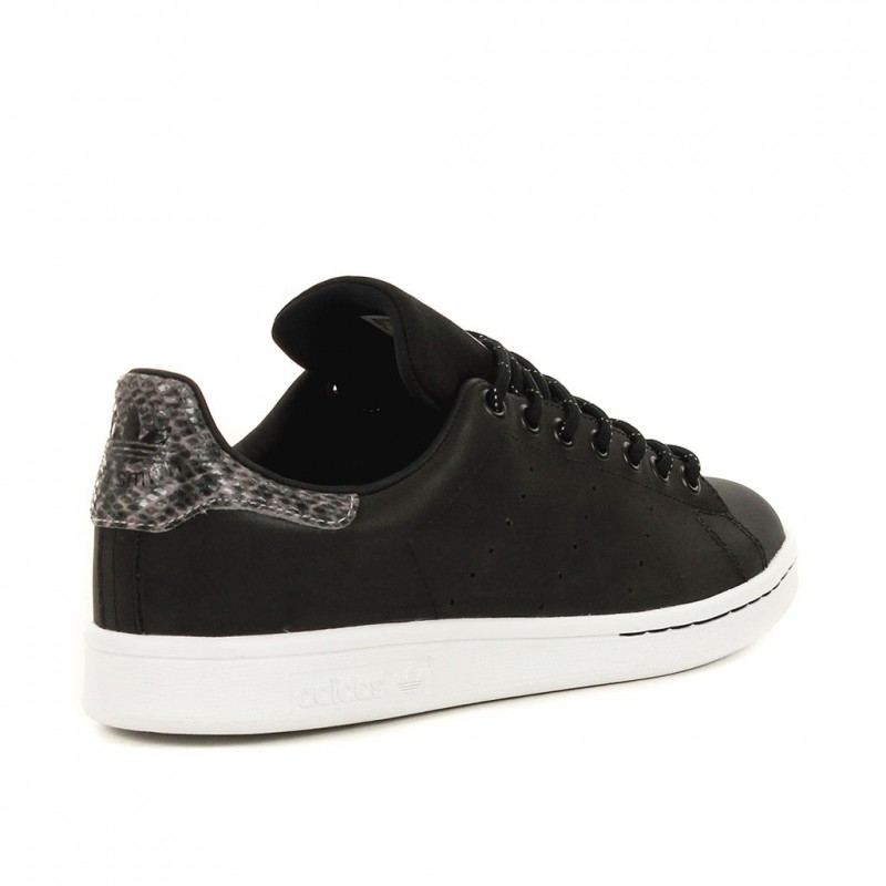 adidas stan smith noir semelle blanche pour des sorties bon ...
