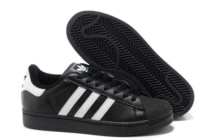 chaussure adidas moin cher